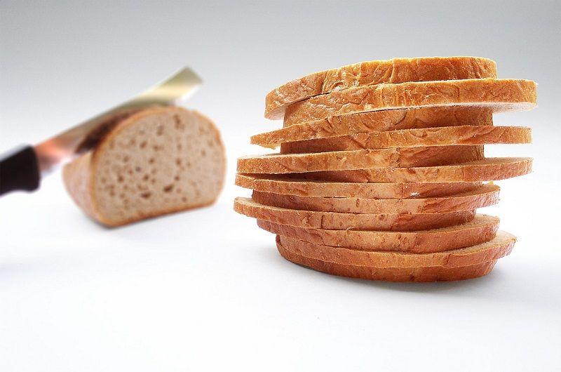 the causes and characteristics of the celiac disease or gluten sensitivity Could sourdough bread be the answer to gluten intolerance  and experts still aren't sure what causes it celiac disease, on the other hand, has been thoroughly studied, says murray, who .
